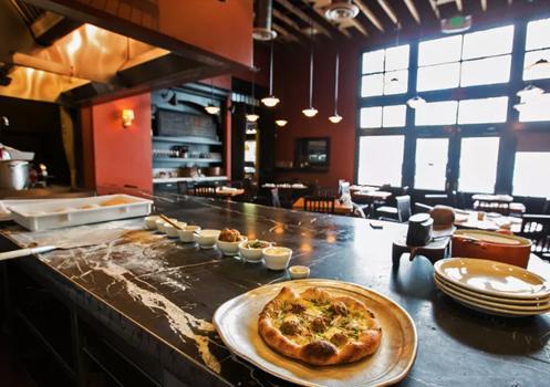 pizzeria mozza restaurant